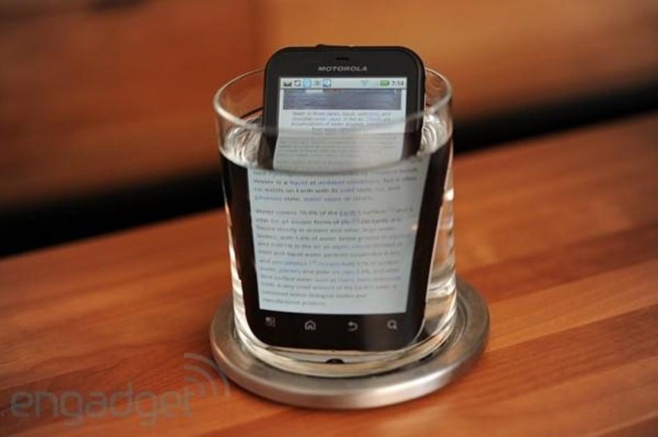 Motorola Defy в тесте